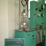 土質試験(土の三軸圧縮試験)
